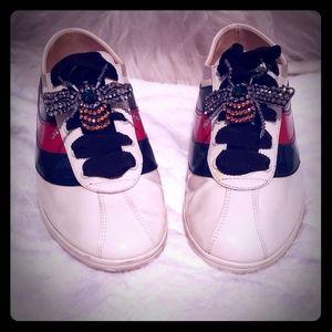 Shoes - sneaker